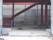 コンクリートで床もガッチリ作られてます!